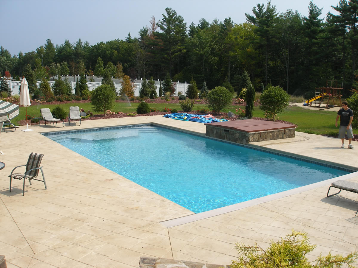 Decks quality design pools for Quality pool design