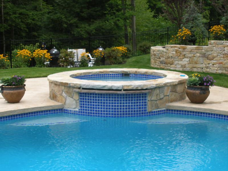 Spas quality design pools for Quality pool design